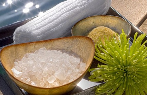 Морская соль для похудения - обертывания, массаж и ванны